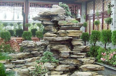 假山瀑布景墙_江苏华益喷泉设备有限公司图片